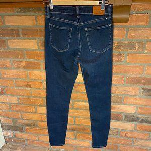 Lucky Brand Jeans Brooke Legging Size 28/6